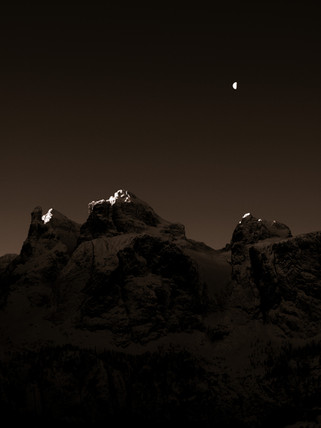 Dolomiten bei Nacht