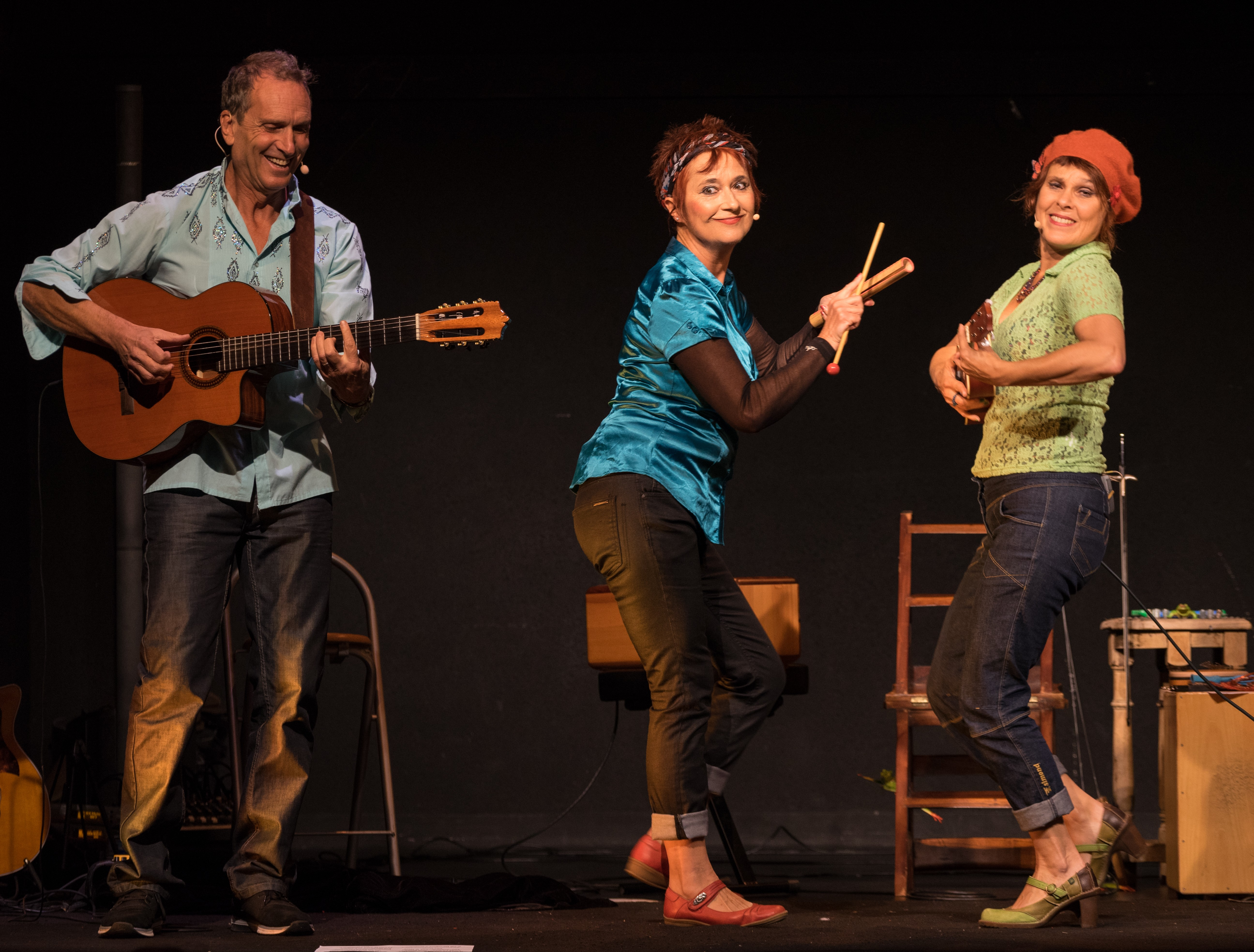 trio ukulele