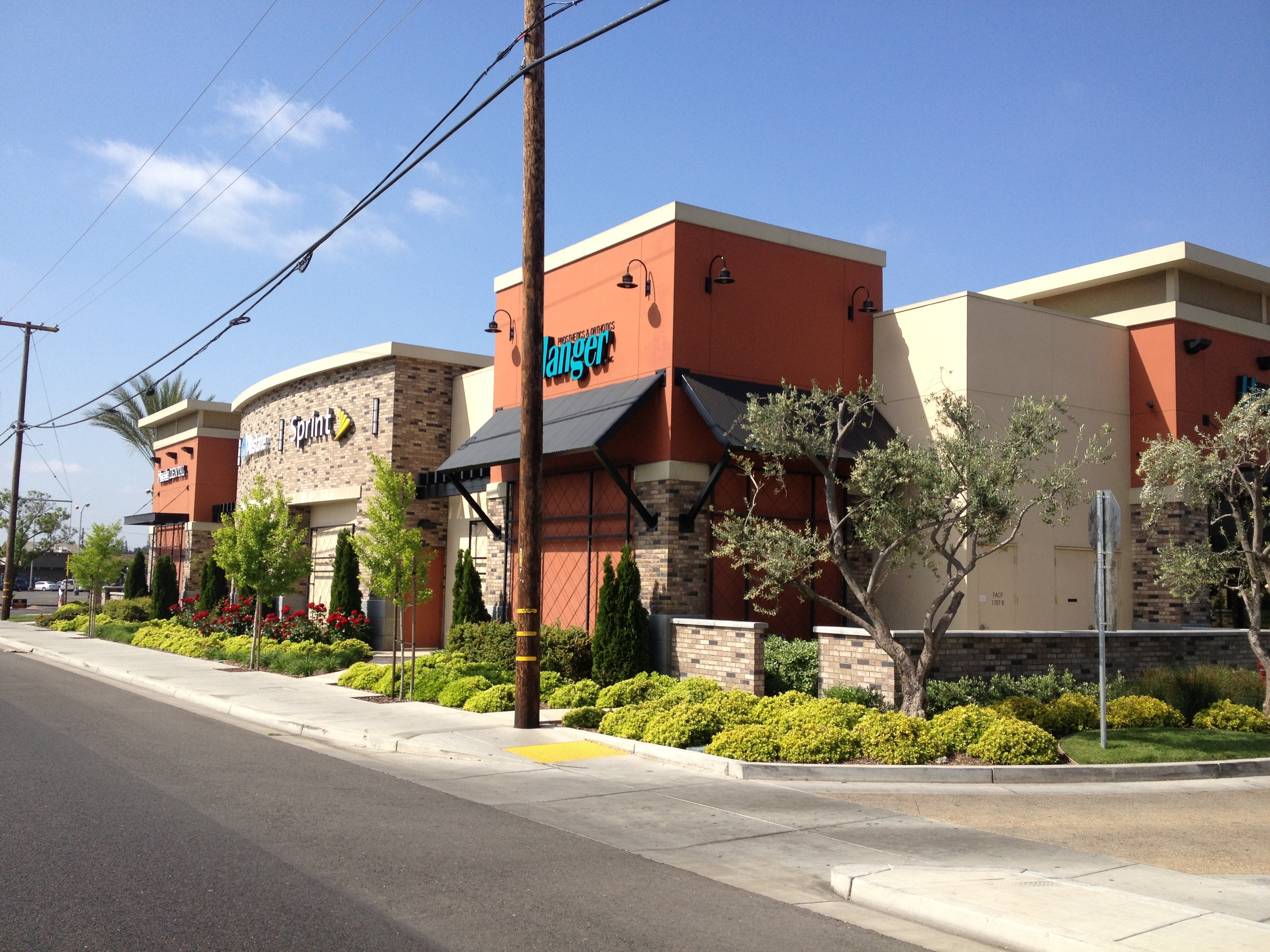 Village West Retail Center