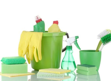 WE ALL NEED TO BE USING ENVIRONMENTALLY FRIENDLY CLEANING PRODUCTS.