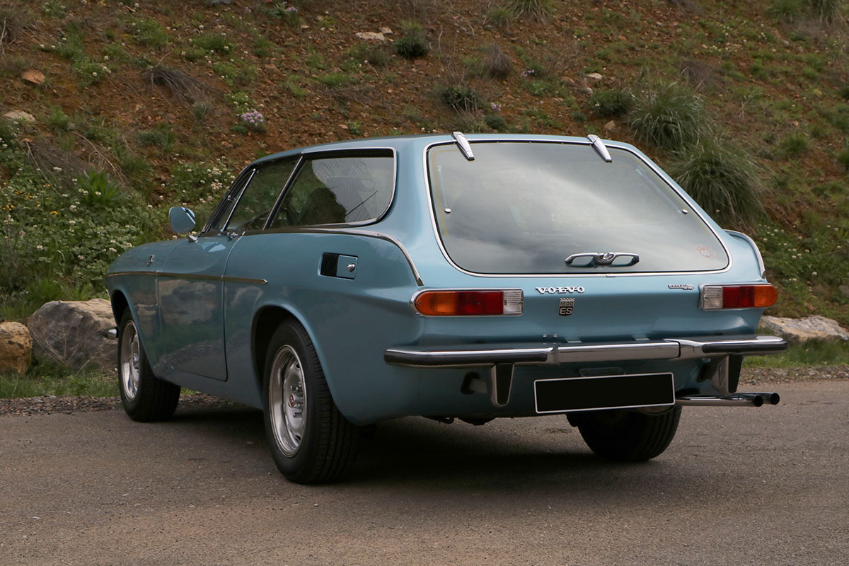 Volvo P1800 ES - 1971