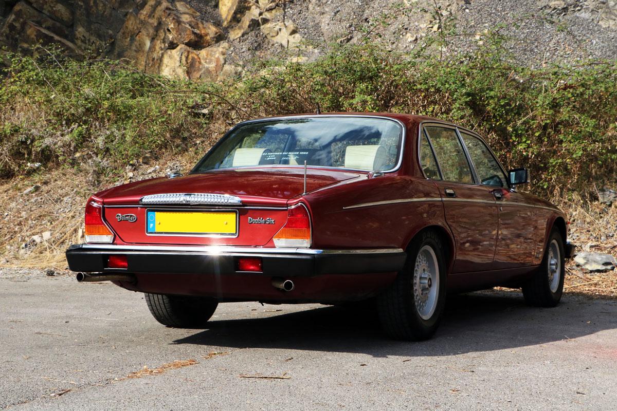 Daimler Double Six - 1990