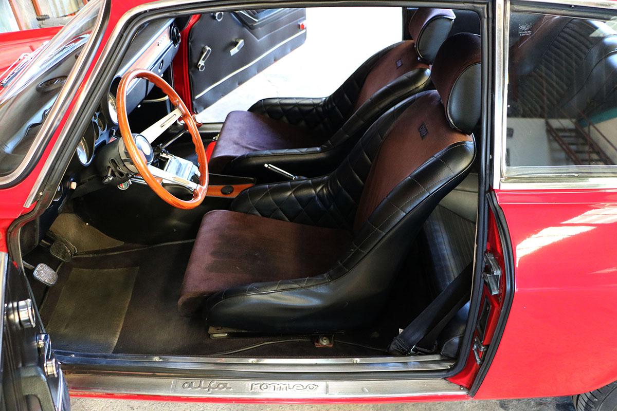 Alfa Romeo GT Veloce 2000