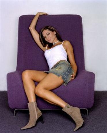 tania-zaetta-chair-4-10-06.jpg