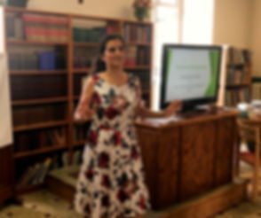Fiorella_Giving_her_talk_Chavagnes_edited.jpg