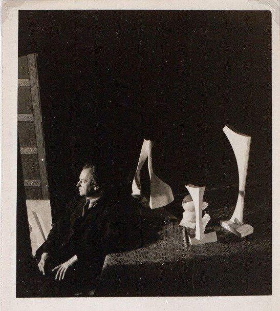 Kurt Schwitters in Jack Bilbo's London gallery c. 1944