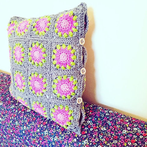 Squares Cushion Cover - Crochet Pattern