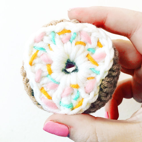 Donut Brooch - Crochet Pattern