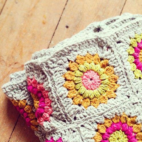 Vintage Style Blanket - Crochet Pattern