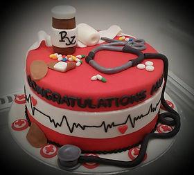 nurse grad cake.jpg