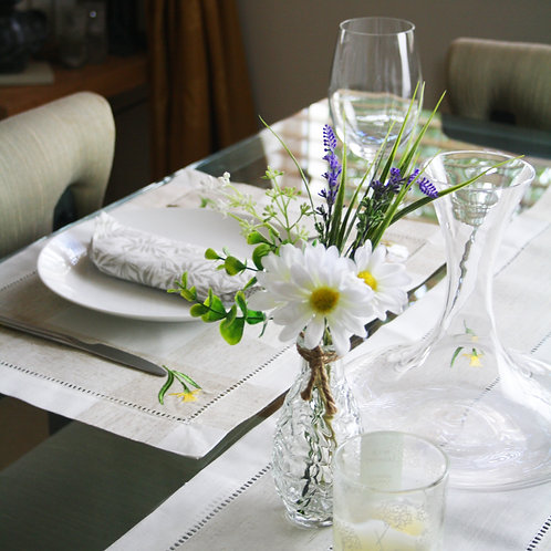 Daffodil Embroidered Placemat