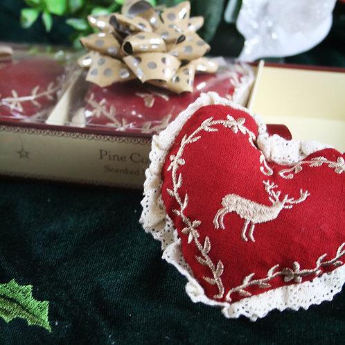 Christmas Elm Pine Hearts