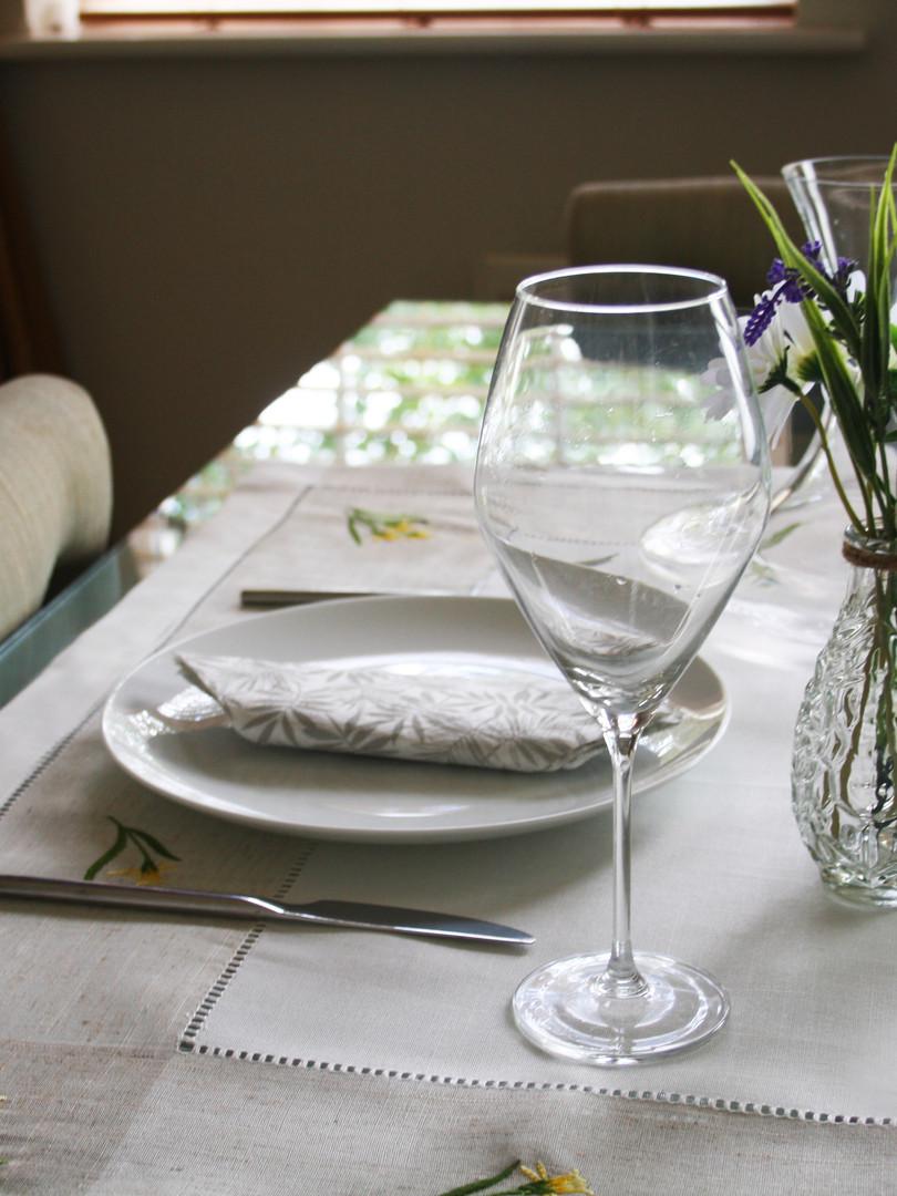 Daffodil Tablecloth