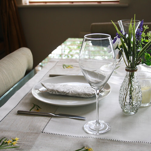 Daffodil Embroidered Table Cloth