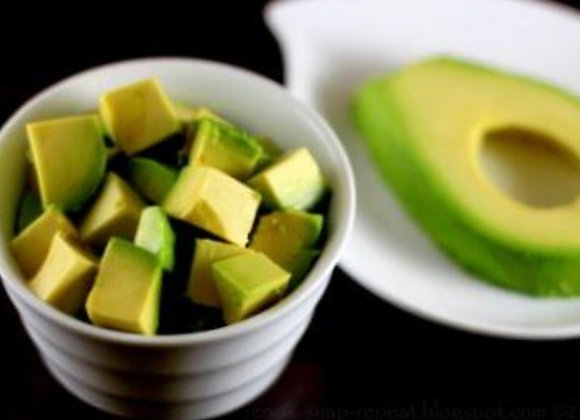 Avocado Dice Cut Japanese 500g