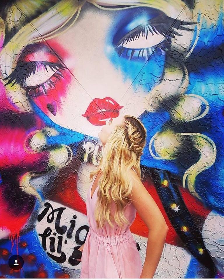 Harley Quinn Margot Robbie Mural