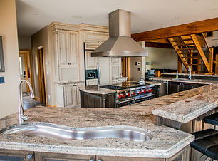 Image of kitchen at Wolfe Island Lodge