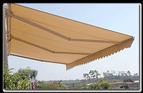 Retractable Awning 002 .jpg