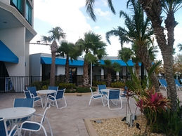 pool side awnings.jpg