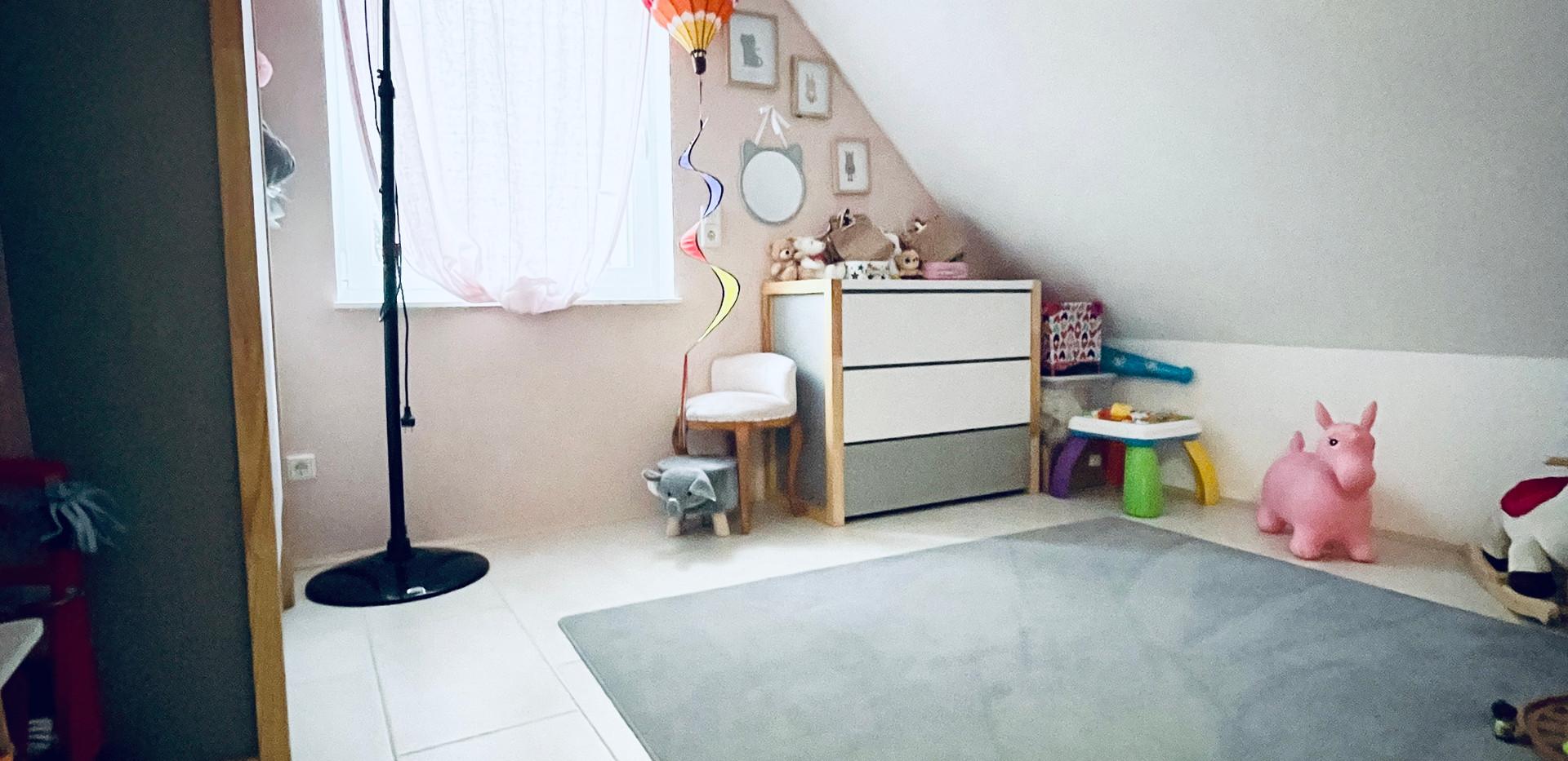 Kinderzimmer (2)