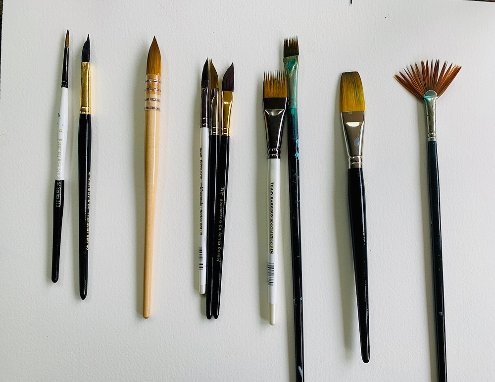 Paintbrushes recommended for Explore Shapes