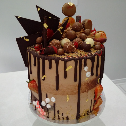 This Incredible 3 Layer Chocolate Lovers Cake Is Perfect For Any Occasion Our Mouthwatering Death By Design Covered In Delicious