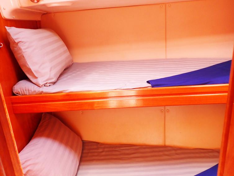 14 Cabin 3.JPG