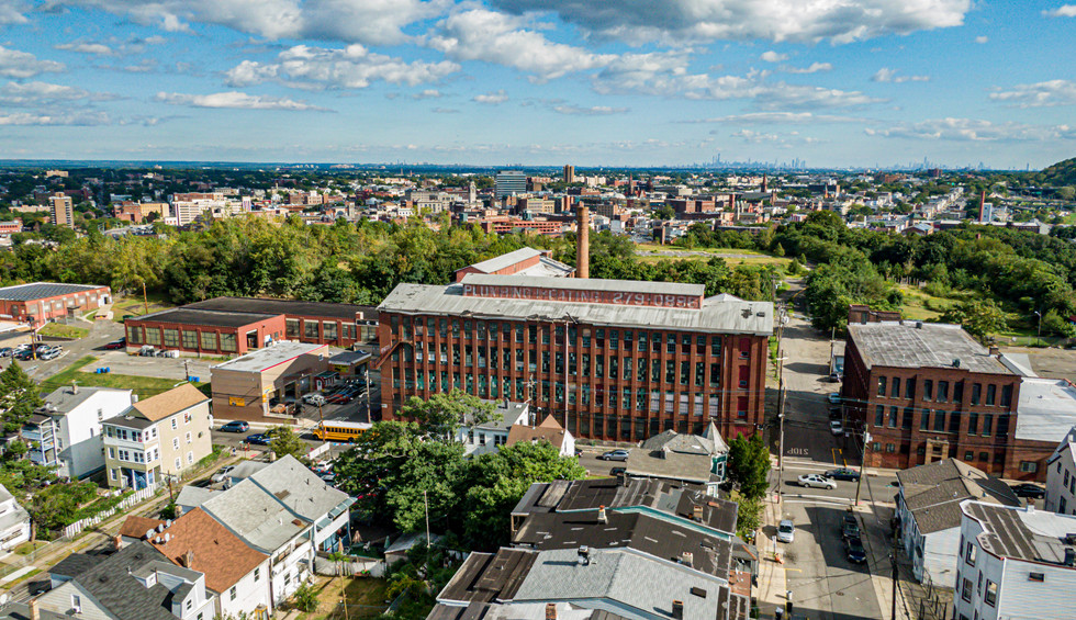468 Totowa Ave: Building Photo