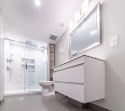 ricky-bathroom--15