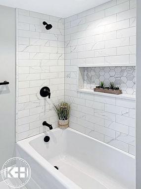 Matte black finishing, custome niche in Ottawa, bathroom contractor in Ottawa, bathtub installation nepean.