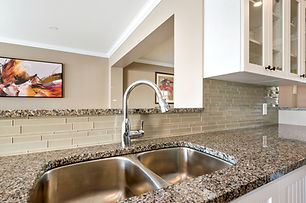 Tile Installation and grout masters. Epoxy grout, backspash. Ottawa tile installation