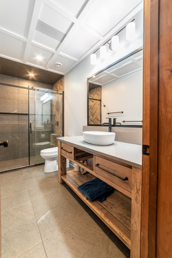 Calabogie Bathroom