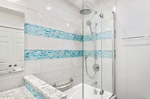 4 ft Bathtub. Ottawa Bathrooms