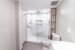ricky-bathroom--18