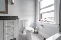 bathroom-tina-2