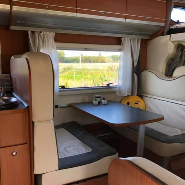 Rolling Retreat - Camper for Hire
