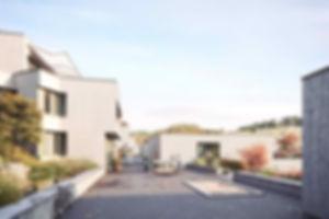 Terrassensiedlung Sommerhalde Terassenhaus | Eigentumswohnung | Sommerhalde | Uerkheim | Aargau | Verkauf | Aussenbild Spielstrasse