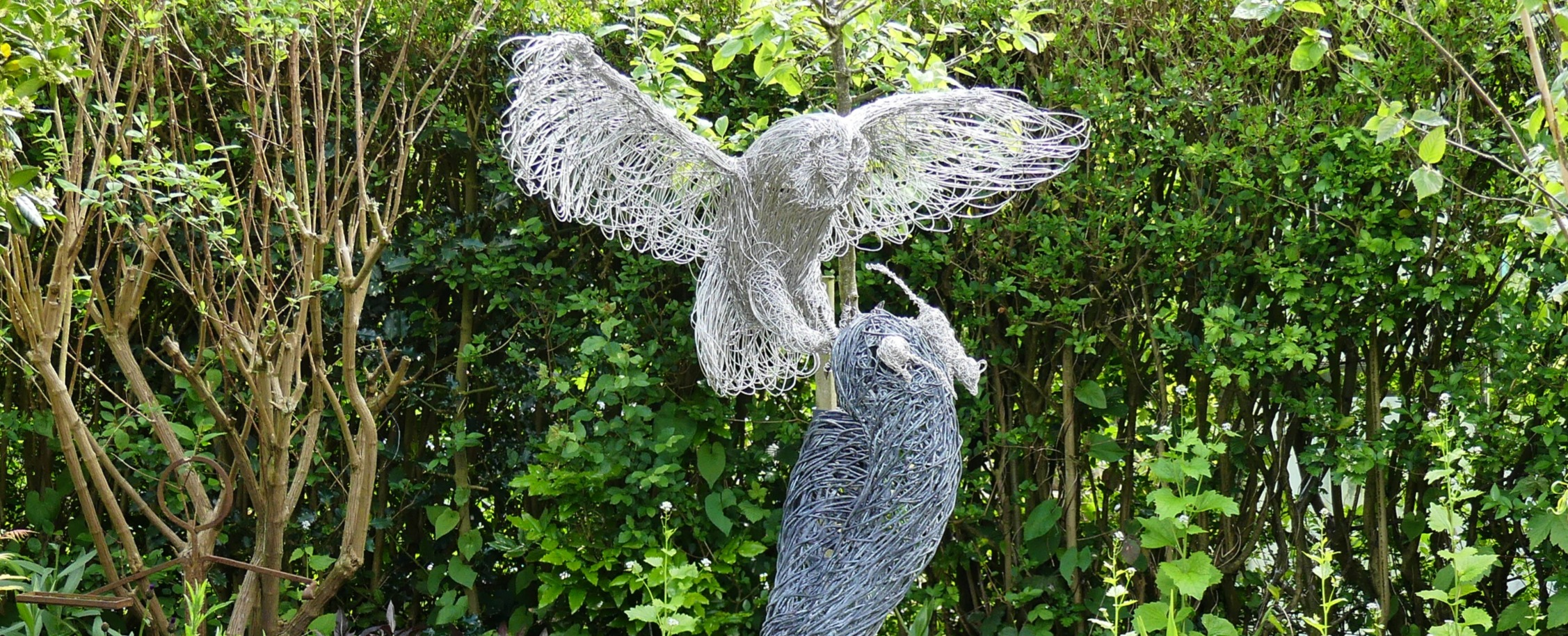 Stainless steel wire owl sculpture