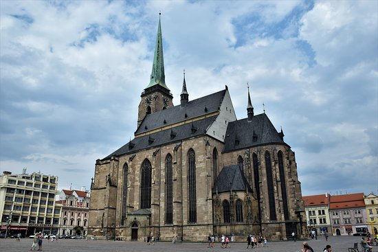 10-4-cattedrale.jpg