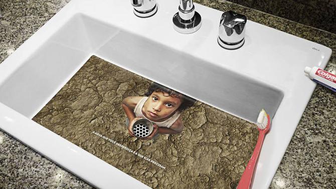 Colgate chama a atenção para desperdício de água em hotéis