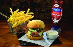 Em expansão, Burger Fest se inspira em pub