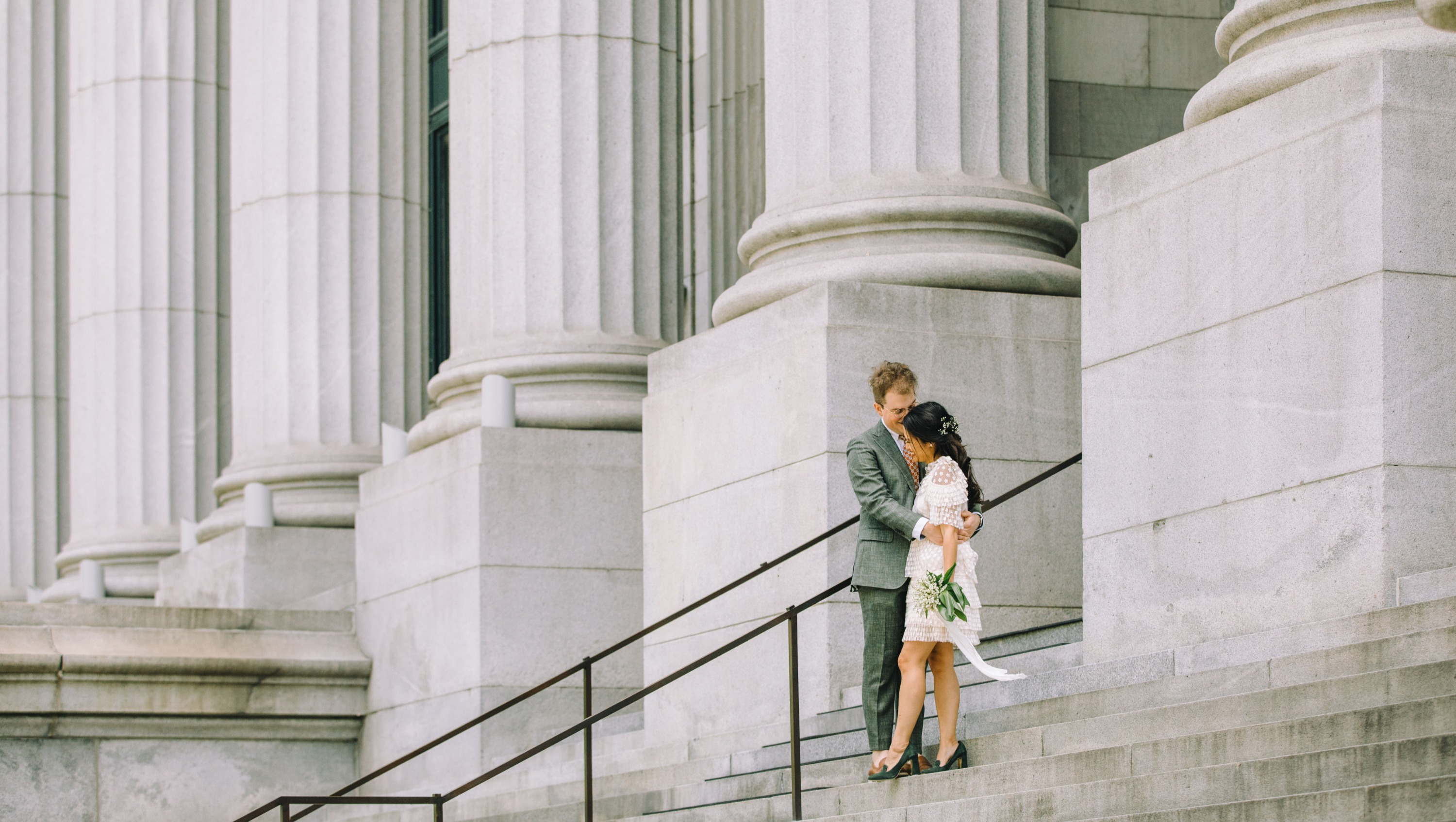 mariage montreal photographe vieux-montreal couple wedding photographer intimate weddings mariage in