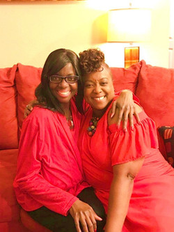 Image 25 - Sisters on Thanksgiving Day
