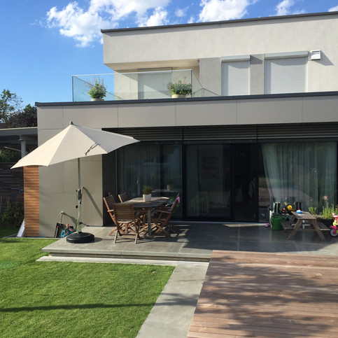 Zubau samt Pool und Terrasse: WG5
