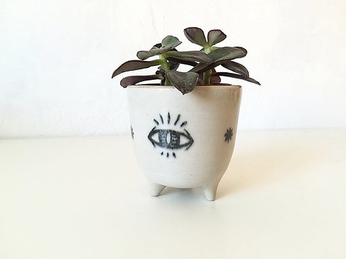 Planter - Eye