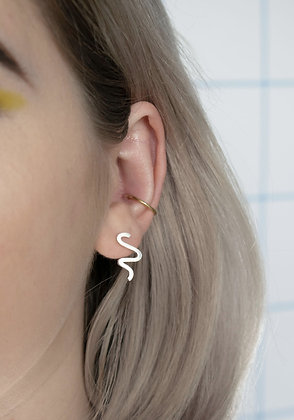 Small Squiggly Line Studs
