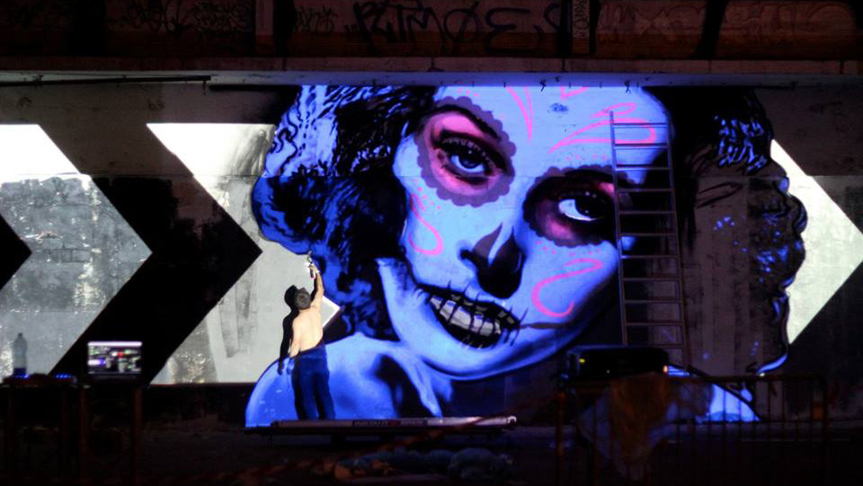 Live_graffiti_Projection_Mapping_Mural.j