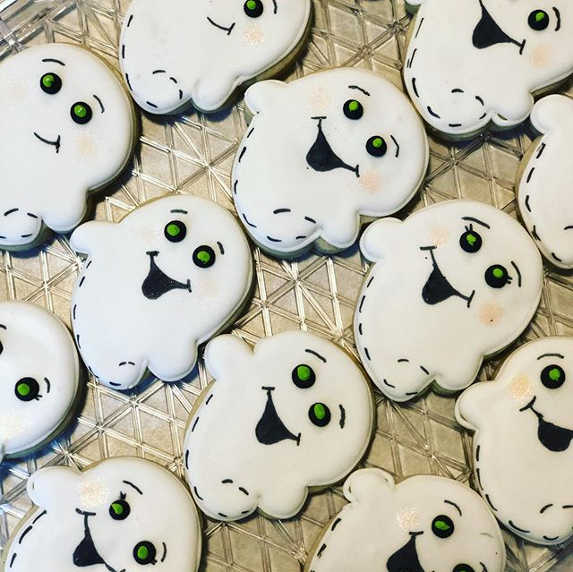 How cute are these ghouls_! I'll be maki