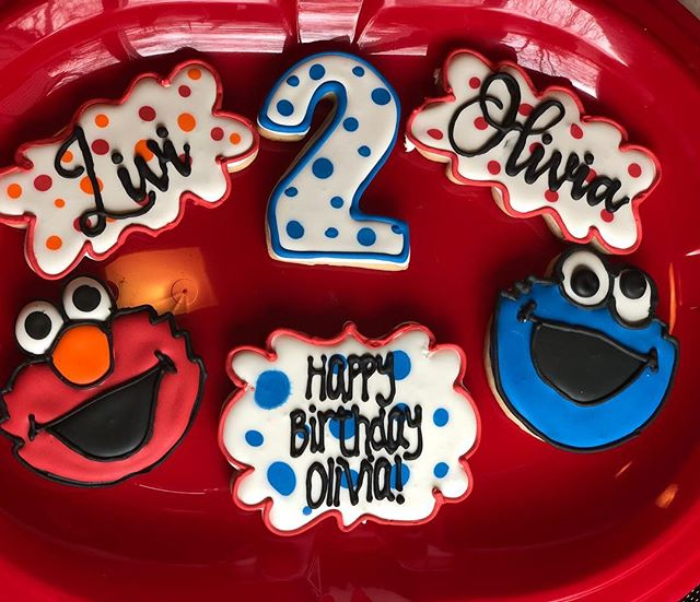 Cookie Monster and Elmo cookies for a 2n