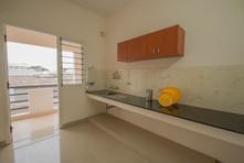 Kitchen_a.jpg